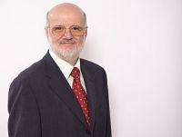 a-Prof-Szazs-Schraegprofil-200x151-1 Gemeinsamer Bundesausschuss soll Hyperthermie als Regelleistung anerkennen